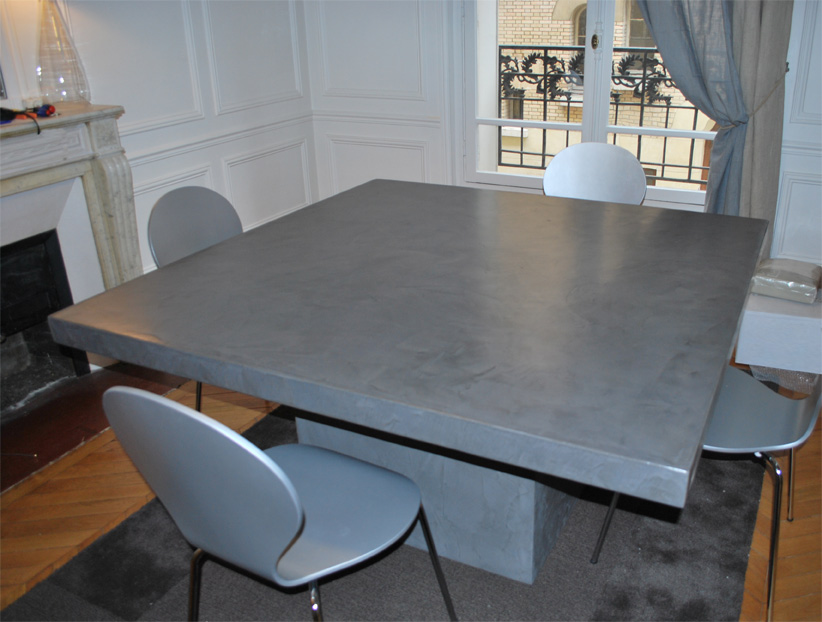 Table de salon en beton cire maison design for Table de jardin en beton cire